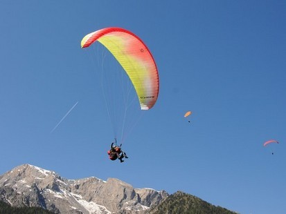 Paragliding / Mountain Flight