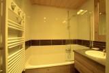 risoul-hebergement-grospeaud-antares111-salle-de-bains-16192