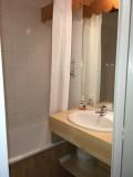 risoul-hebergement-rivet-salle-de-bains-16088
