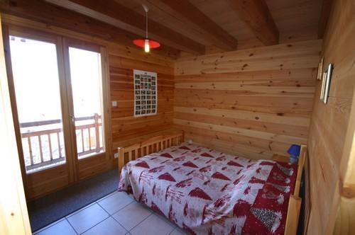 risoul-hebergement-assaud-choucas-chambre-3543