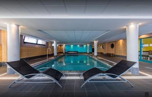 risoul-hebergement-deneb-piscine-16870