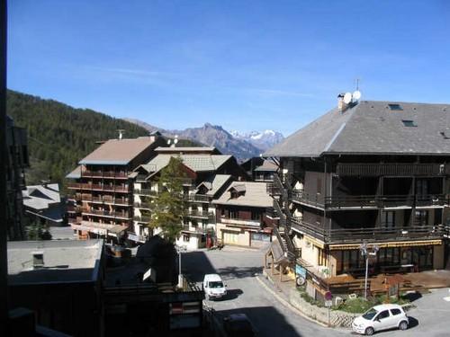 risoul-hebergement-florins-vue-balcon-3156
