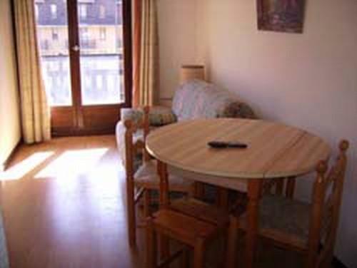 risoul-hebergement-urbania-clarines369b-salon-4243