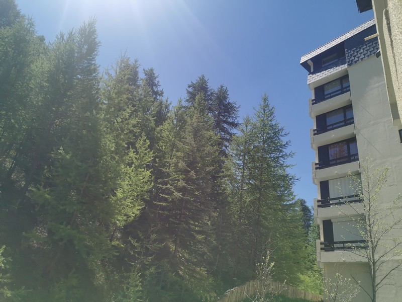 risoul-hebergent-biscigliati-cabine-vue-balcon-exterieur-461801