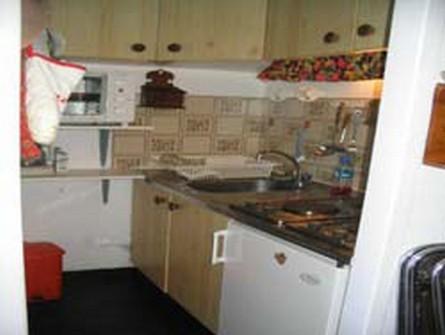 risoul-herbergement-cuisine-oree611b-urbania-4128