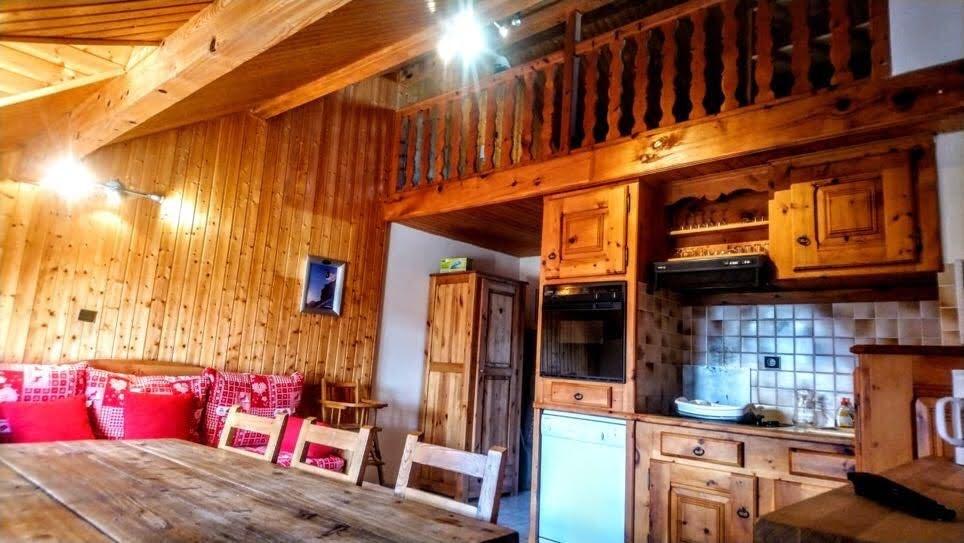 risoul-resa-aigle-livingroom-458147